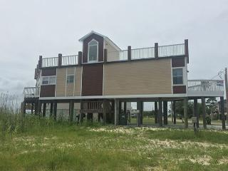 Bay front House with rooftop deck, perfect for star gazing! - Gulf Shores vacation rentals