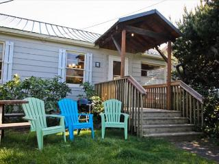 SPINNAKER~MCA#1265~This lodge style cabin is perfect for your entire family! - Manzanita vacation rentals