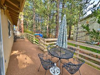 Charming 3BR Tahoe Home, Prime Location – 1 Block to Regan Beach - South Lake Tahoe vacation rentals