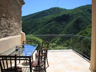 3 bedroom House with Internet Access in Rezzo - Rezzo vacation rentals