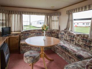 Nice Caravan/mobile home with Internet Access and Satellite Or Cable TV - Saltcoats vacation rentals