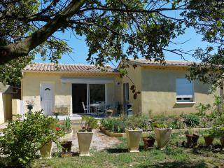 Nice Villa with A/C and Television - Orange vacation rentals