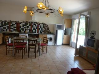 Nice House with Internet Access and Dishwasher - Elne vacation rentals