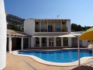 Altea Hills 2BR with private pool and sea views - Altea la Vella vacation rentals