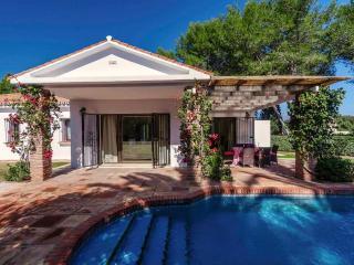 Villa Flores - Beautiful 3 bed Villa, Sotogrande - Sotogrande vacation rentals