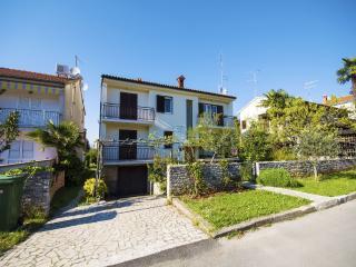 TH00607 Apartments Milan / One bedroom A2 - Porec vacation rentals