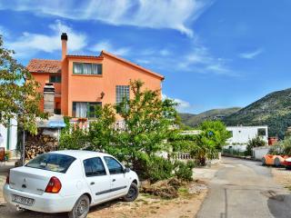 TH00552 Apartments Svetin / Two bedrooms A3 - Grebastica vacation rentals