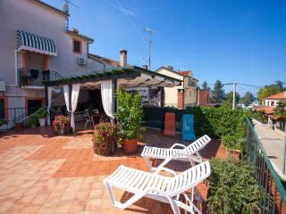 TH00603 Apartmani Renata / Two bedrooms A3 - Funtana vacation rentals
