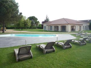 villa soleil maison de vacance perigord - Bergerac vacation rentals