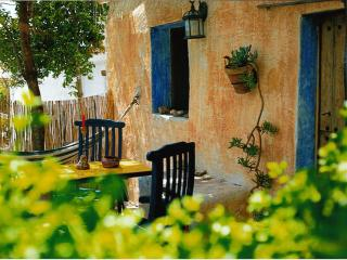 Bright 2 bedroom Huercal-Overa House with Internet Access - Huercal-Overa vacation rentals