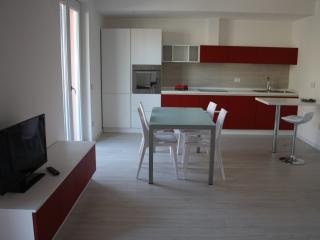 Loft in complesso residenziale - Mandello del Lario vacation rentals
