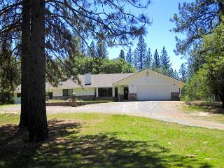 Yosemite Vacation Home For All Seasons - Mariposa vacation rentals
