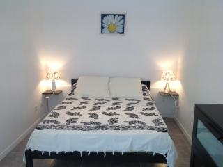 3***  TIMONE  T2 56m2 4 couchages - Marseille vacation rentals