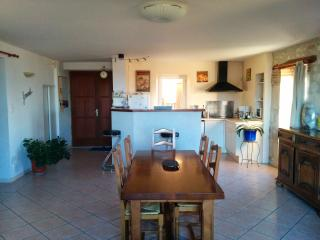 3 bedroom Gite with Central Heating in Cazes-Mondenard - Cazes-Mondenard vacation rentals