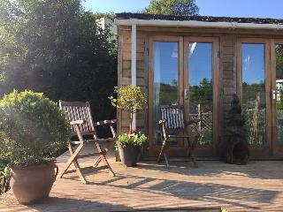 cosy cabin in pretty rural devon village - Cornworthy vacation rentals