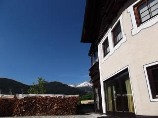 Cozy 2 bedroom Condo in Saint Michael im Lungau with Internet Access - Saint Michael im Lungau vacation rentals