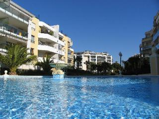 beachfront apartment with pool near Nice and antib - Cagnes-sur-Mer vacation rentals