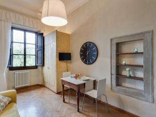 Leonardo Apt - Florence vacation rentals