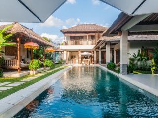 Villa Ikobana Near Canggu Club & Sunset Beach - Seminyak vacation rentals