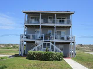Canal front,ocean view,spa,boat ramp,kayak,pets - North Topsail Beach vacation rentals
