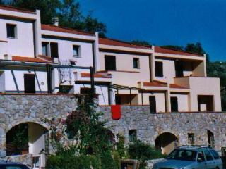 Nice House with Balcony and Parking - Isola Del Giglio vacation rentals