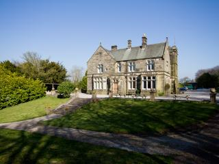 Hargate Hall - Whole building - exclusive use - Wormhill vacation rentals