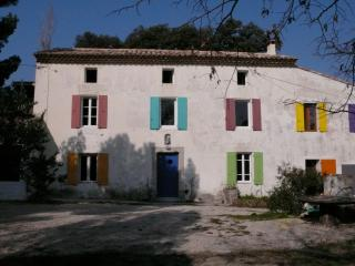 5 bedroom House with Internet Access in Le Barroux - Le Barroux vacation rentals