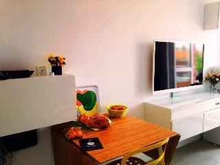 apartamento Parque de Berlín - Madrid vacation rentals