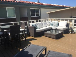 RIGHT ON THE BEACH!! BOOKING HOLIDAYS NOW!! - Manhattan Beach vacation rentals