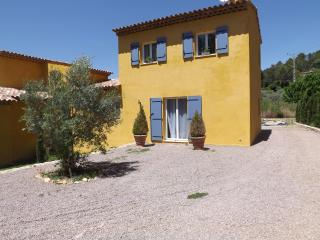 LES MAGACY - Montauroux vacation rentals