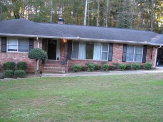 5 Bdrm 3 Bath House Sleeps 11-14 Decatur GA - Decatur vacation rentals