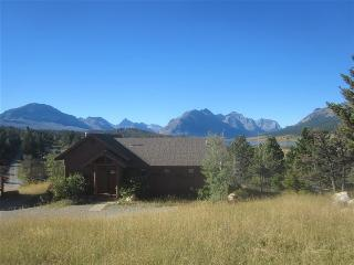 Perfect Cottage with Deck and Internet Access - East Glacier Park vacation rentals
