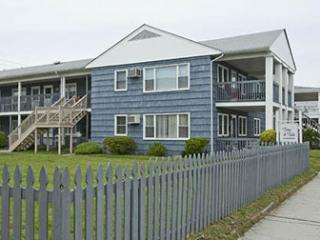 Ocean City, MD - Time n Tide Unit #1 (OCEAN BLOCK) Baltimore Ave & 26th St - Ocean City vacation rentals