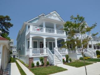 Beautiful Condo with Internet Access and A/C - Ocean City vacation rentals