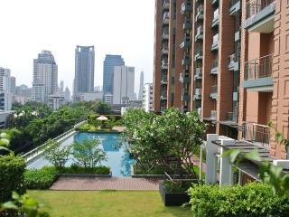 Hip 2BR Central Bangkok BTS Asoke, MRT, Sukhimvit - Bangkok vacation rentals