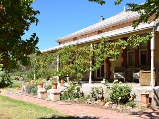 Lovely 1 bedroom B&B in Watervale with Internet Access - Watervale vacation rentals