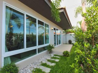The Ville Jomtien Pool Villa Grande 3 Bed (A92) - Pattaya vacation rentals