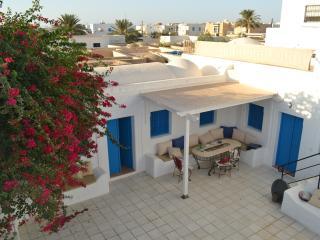 Dar Zina - B&B to belgo-tunisian couple - Houmt Souk vacation rentals