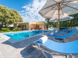 Bright Villa with Internet Access and A/C - Alcudia vacation rentals