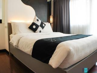 2 bedroom deluxe in Makati - MAK0037 - Makati vacation rentals