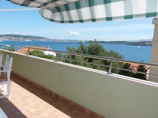 Enjoy the view with a breeze in your hair - Seget Donji-Vranjic vacation rentals
