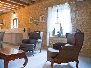 La Grange Champs Sarlat  7 km in  Carsac-Aillac - Sarlat-la-Canéda vacation rentals