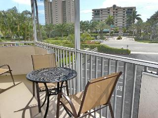 Bright, airy condo w/ short walk to the finest beaches & shopping - Marco Island vacation rentals