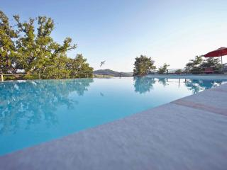 Villa with pool-scenic view-ensuite bedrooms-wifi - Perugia vacation rentals