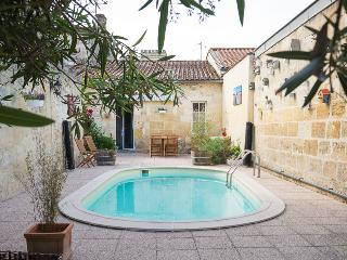 Nice Guest house with Internet Access and Wireless Internet - Margaux vacation rentals