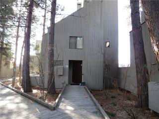 Bright Condo with Deck and Internet Access - Black Butte Ranch vacation rentals