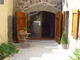 Chambre et table d'hôtes Magaadjukalo - Saint-Maurice-de-Lignon vacation rentals