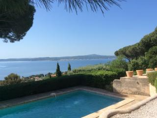 Amazing Frech Riviera villa with private pool, garden and St Tropez view, sleeps 7 - Saint-Maxime vacation rentals