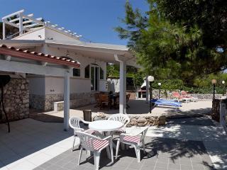 3 bedroom Villa with A/C in Marittima - Marittima vacation rentals