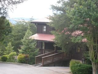 4 bedroom with mtn views - Pigeon Forge vacation rentals